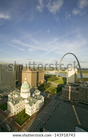 Saint Louis Historical Old Courthouse and Gateway Arch on Mississippi River, St. Louis, Missouri - stock photo