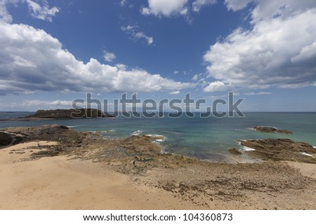 Saint Malo coast with tidal island Grand Be - Saint-Malo, Brittany, France - stock photo