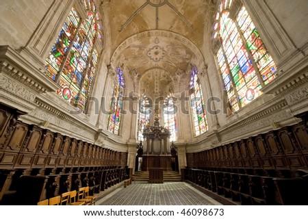 Saint-Mihiel (Meuse, Lorraine, France) - Interior of the ancient Saint-Michel church, organ and choir - stock photo