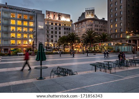 SAN FRANCISCO - FEB 24: Famous Union Square in San Francisco at sunset on February 24, 2008 in San Francisco, California. Union Square is a famous tourist destination and is surrounded by luxury shops - stock photo