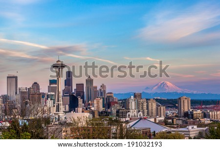 Seattle downtown skyline and Mt. Rainier at sunset from Kerry park. Washington - stock photo
