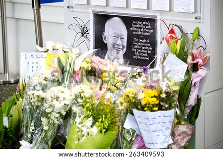 SINGAPORE - MARCH 23 : Visitors paying last respect and writing tribute to the late ex prime minister of Singapore, Mr Lee Kuan . Mr Lee died due to ill health, Mar 23, 2015, Singapore  - stock photo