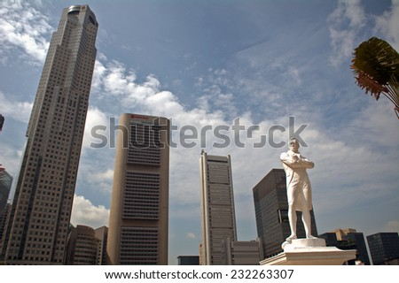 SINGAPORE - NOVEMBER 7: Sir Stamford Raffles at November 7, 2014 in Singapore. The founder of Singapore had landed on this spot for the first time and started to build a new city in Asia. - stock photo