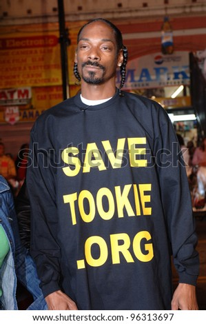 SNOOP DOGG at the world premiere, in Hollywood, of Get Rich or Die Tryin'. November 2, 2005  Los Angeles, CA.  2005 Paul Smith / Featureflash - stock photo