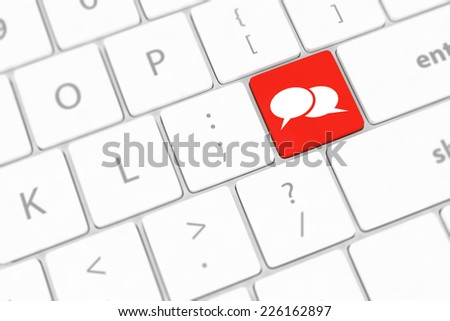 Social media key with two speech bubble sign on the keyboard - stock photo