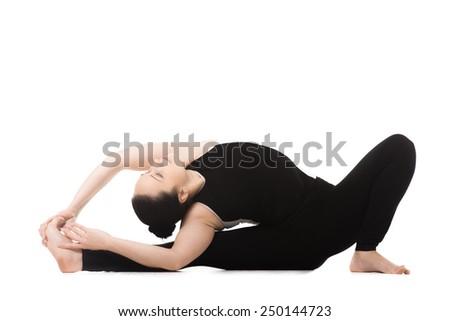 16 janu sirsasana hindi  yoga poses