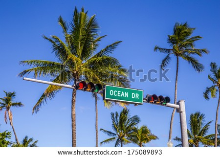 street sign of famous street Ocean Drive in Miami South with traffic light - stock photo
