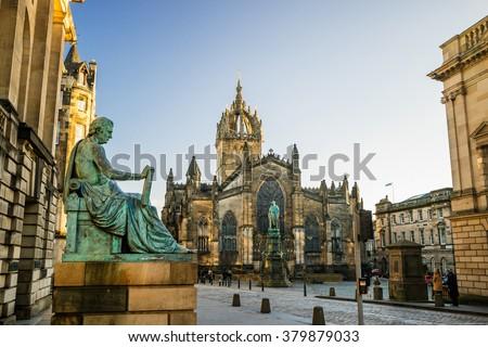 Street view of the historic Royal Mile, Edinburgh, Scotland - stock photo