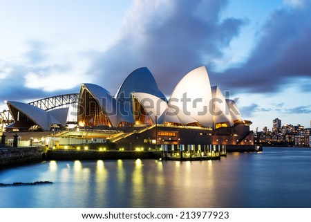 SYDNEY - August 20th: The Iconic Sydney Opera House is a multi-venue performing arts centre. August 20th, 2014 in Sydney, Australia. - stock photo