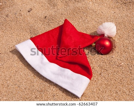 Symbols of Christmas for vacation paradise on the ocean - stock photo