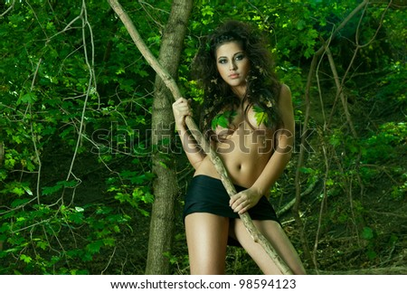 Jungle Woman Nued 26