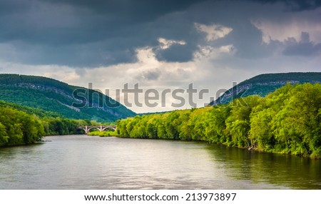 The Delaware Water Gap and the Delaware River seen from from a pedestrian bridge in Portland, Pennsylvania. - stock photo