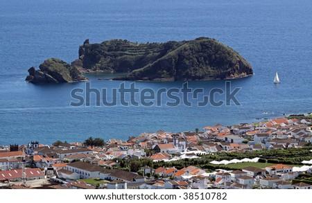 The island Illheu de Vila Franca at the south coast of Sao Miguel (Azores) 02 - stock photo