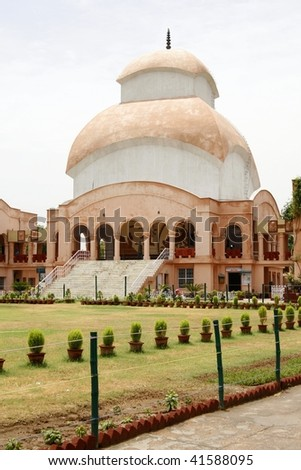 The temple of Kali Mandir in CR Park (Chittaranjan Park) in South New-Delhi, India. CR Park is called the Bengali Colony for its large Bengali population - stock photo