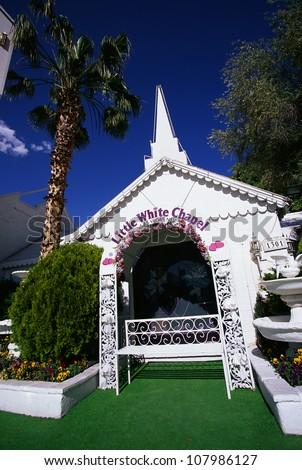 Little white wedding chapel stock photos images for Little las vegas
