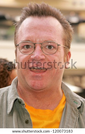 Tom Arnold at the Ceremony Honoring Los Angeles Lakers Owner Jerry Buss with the 2,323rd star on the Hollywood Walk of Fame. Hollywood Boulevard, Hollywood, CA. 10-30-06 - stock photo