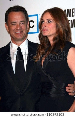 Tom Hanks and Julia Roberts at The 22nd Annual American Cinematheque Awards honoring Julia Roberts. Beverly Hilton Hotel, Beverly Hills, CA. 10-12-07 - stock photo
