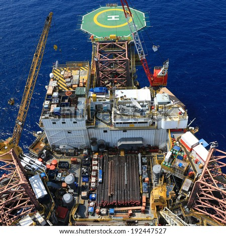 Top View of Offshore Drilling Rig Towards The Helideck - stock photo
