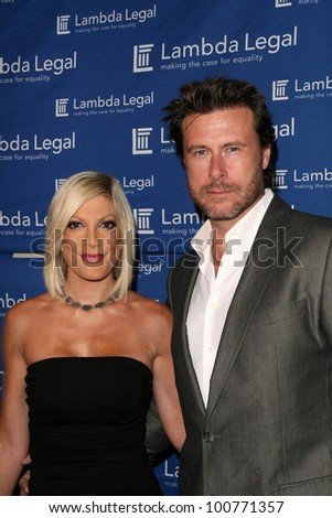 Tori Spelling and Dean McDermott  at the Lambda Legal 18th Annual Liberty Awards, Egyptian Theater, Hollywood, CA. 09-16-10 - stock photo
