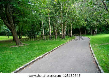 Trail through Merrion Square Park in Dublin, Ireland - stock photo