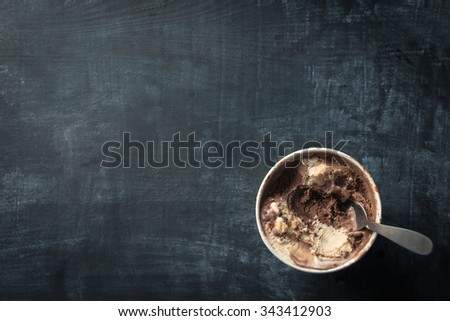 Tub of ice cream - stock photo