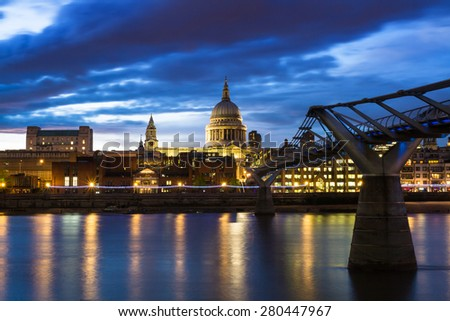 Twilight at St. Paul's cathedral, London, England - stock photo