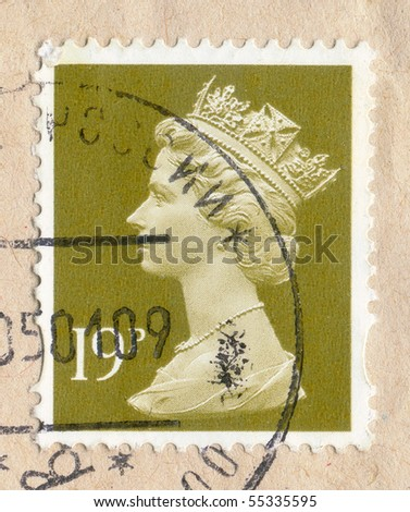 UNITED KINGDOM - circa 2000 to 2002: : An English Used Postage Stamp showing Portrait of Queen Elizabeth 2nd, 19p, circa 2000 to 2002 - stock photo
