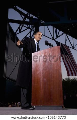 US Senator Barack Obama at Change We Need Presidential rally October 30, 2008, at Verizon Wireless Virginia Beach Amphitheater in Virginia Beach, VA - stock photo
