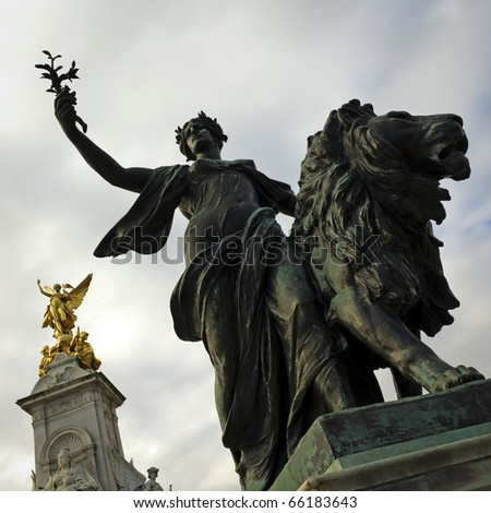 Victoria Monument Memorial outside Buckingham Palace, London - stock photo