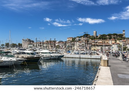 "View of Le Suquet (or Mont-Chevalier) - oldest district of Cannes, ""Old town"", located on a hill west of bay, above the Port Le Vieux. Cote d'Azur, France. - stock photo"
