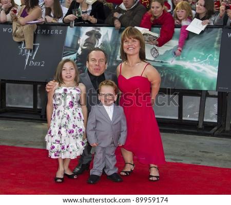Warwick Davis Family History Warwick Davis And Family