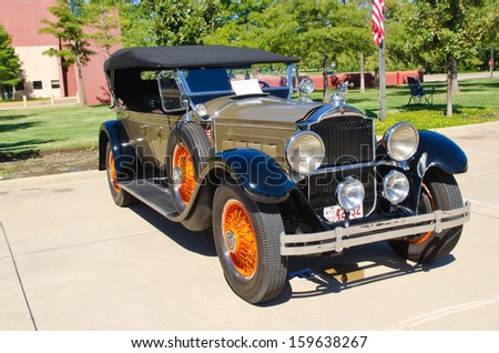 WESTLAKE, TEXAS - OCTOBER 19: A 1929 Packard Model 640 Open Touring is on display at the 3rd Annual Westlake Classic Car Show on October 19, 2013 in Westlake, Texas. - stock photo