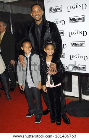Will Smith, Jayden Smith, Willow Smith at I AM LEGEND Premiere, WAMU Theatre at Madison Square Garden, New York, NY, December 11, 2007 - stock photo