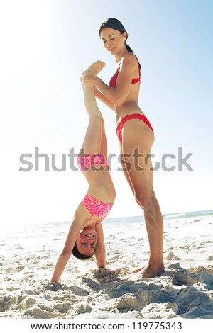 girl fingered as she does handstand