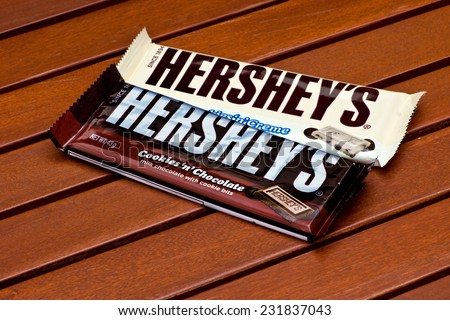 ZAGREB , CROATIA - NOVEMBER 19 , 2014 : American Hershey's chocolate bar cookies 'n' chocolate on the table  ,product shot - stock photo