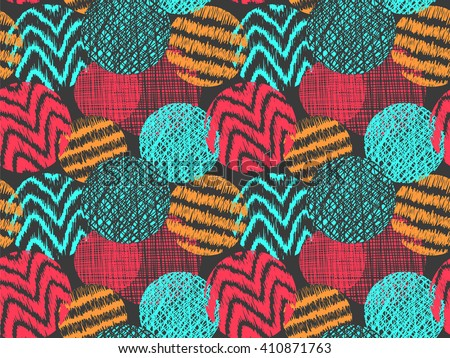 Doodle circles pattern. Doodles round spots vector background. Simple doodle circles with lines and curves. Pencil effect doodle pattern. Summer colors texture. Pencil colorful sketches.  - stock vector
