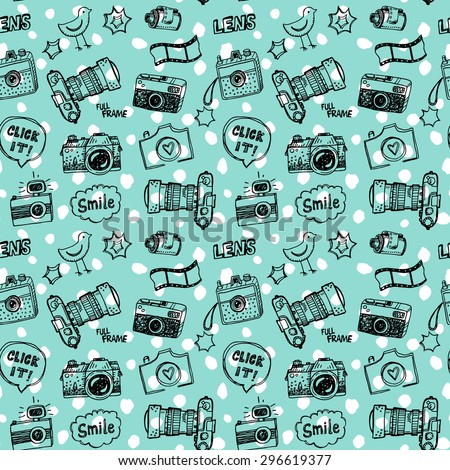 Doodle retro cameras seamless pattern. - stock vector