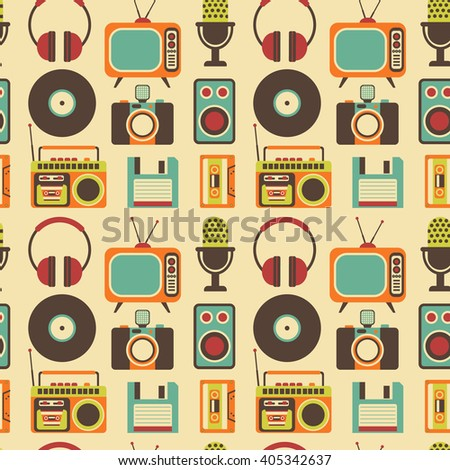 Seamless Pattern with Retro Media technology, flat icons set, vector illustration of tv, photo camera, cassette, radio tape recorder, microphone, diskette, headphones - stock vector