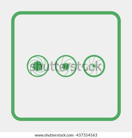 Simple camera shutter silhouettes. - stock vector